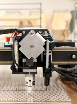 isavela מכונת לד ליצור מחטבים